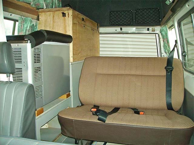 08-Hightop-5-Seater-Rear-Seat-Fridge-Cupboard
